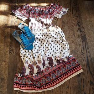 Dresses & Skirts - Paisley Maxi Dress